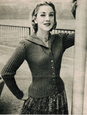 Fancy stitch 50's cardigan with V collar