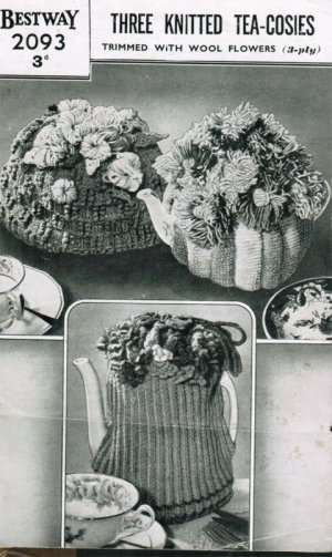 3 Nostalgic cosies trimmed with wool flowers from the post war y