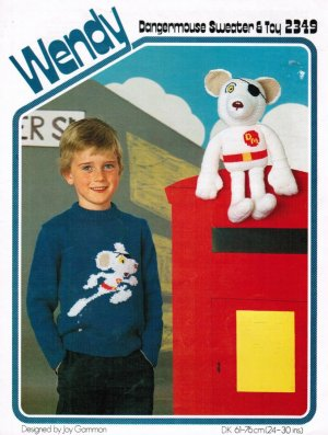 Dangermouse toy and child's picture jumper