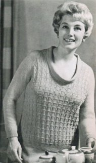 """Hand- knit blouse for the fuller figure"""